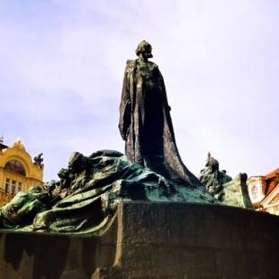 Monumentul Jan Hus